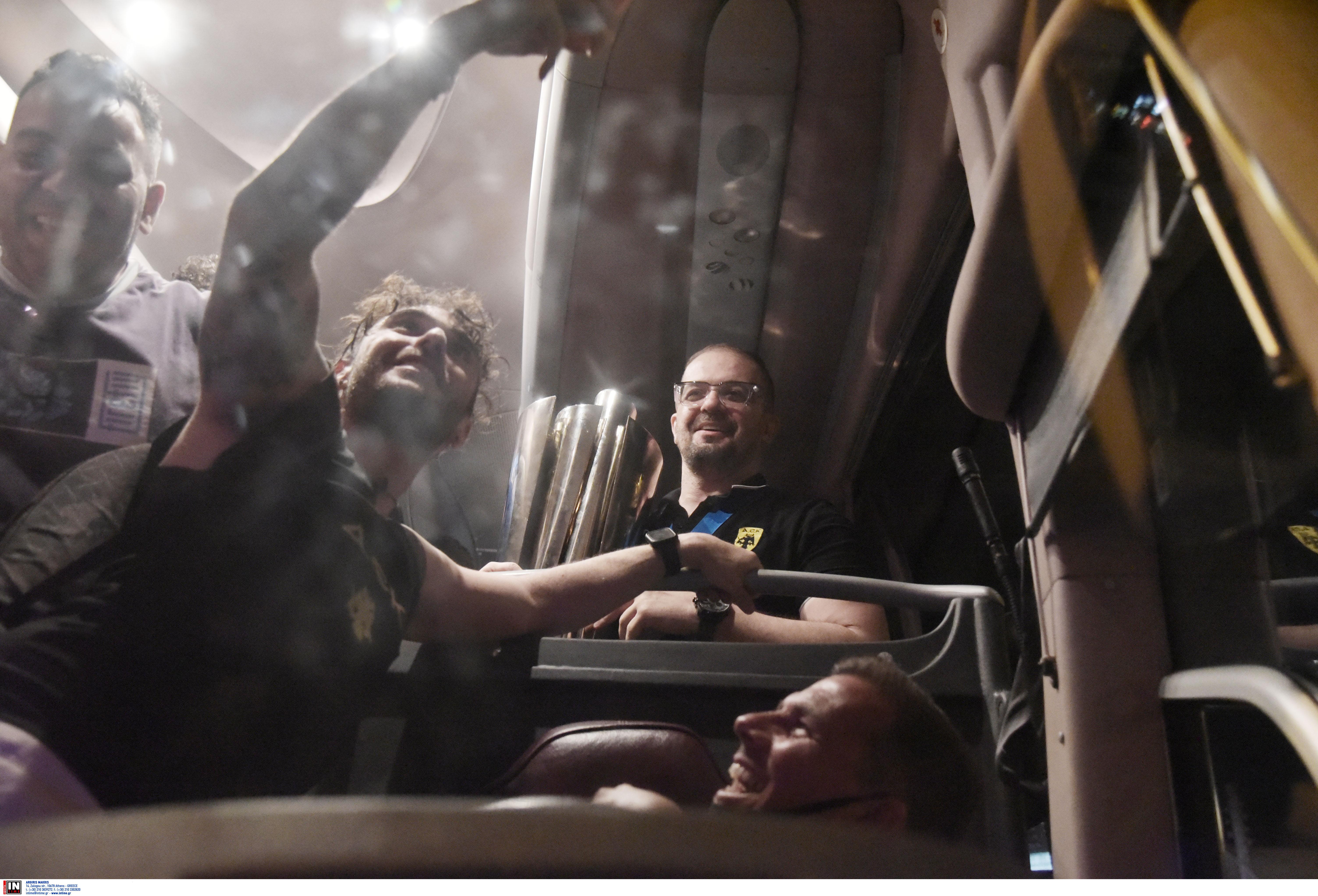 ΑΕΚ: «Κάηκε» η Νέα Φιλαδέλφεια στην υποδοχή της κούπας! (ΦΩΤΟ-VIDEO)