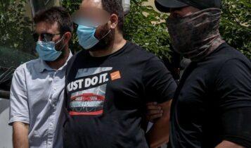 Ζάκυνθος: Σοκαριστικοί διάλογοι εκτελεστών - «Μόνο την που... σκότωσες; Πάμε νοσοκομείο να τον τελειώσουμε»