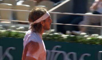 Roland Garros: Μια ανάσα από το τρόπαιο ο Τσιτσιπάς - Πήρε και το 2ο σετ απέναντι στον Τζόκοβιτς (VIDEO)