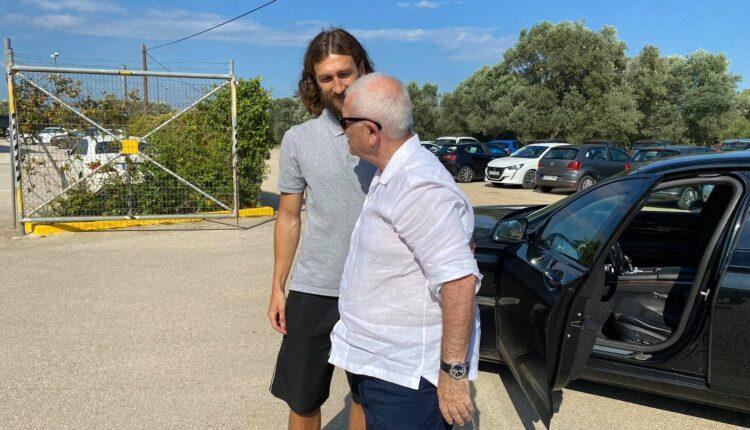 Μελισσανίδης σε Τσιγκρίνσκι: «Σε ευχαριστώ, η πόρτα της ΑΕΚ θα είναι πάντα ανοιχτή για σένα και σε θέλουμε εδώ»