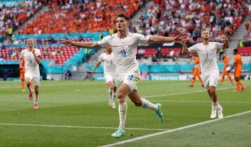 EURO 2021: Οι ενδεκάδες του Τσεχία-Δανία