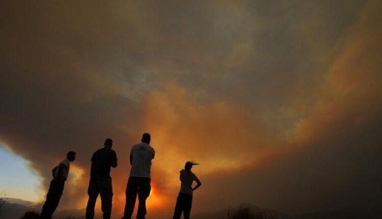 Κύπρος: Υπό έλεγχο η φωτιά - Σε επιφυλακή για αναζωπυρώσεις  (VIDEO)