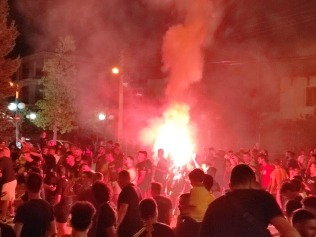 Η αποθέωση των θριαμβευτών της ΑΕΚ στη Νέα Φιλαδέλφεια! (ΦΩΤΟ-VIDEO)