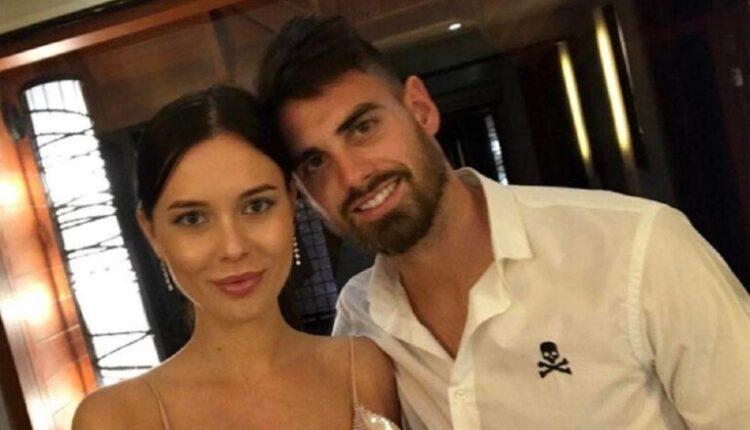 Λε Ταλέκ: Αυτή είναι η πανέμορφη σύζυγος του! (ΦΩΤΟ)