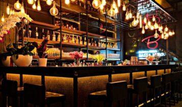 Νέα μέτρα από σήμερα: Τέλος οι όρθιοι στα μπαρ - Στο τραπέζι η επαναφορά μάσκας