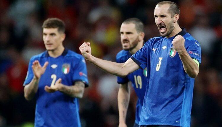 EURO 2021: Ο Κιελίνι παραδέχτηκε ότι «καταράστηκε» τον Σακά για να χάσει το πέναλτι (VIDEO)