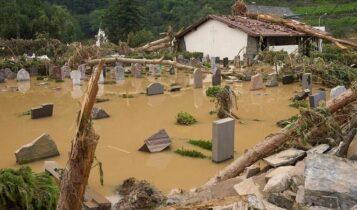 Δεκάδες νεκροί από τις πλημμύρες στην Ευρώπη - 1300 αγνοούμενοι στην Γερμανία (VIDEO)