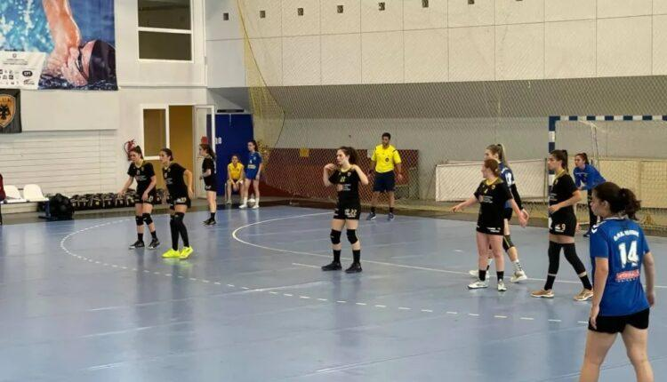 AEK: Έχασαν αλλά προκρίθηκαν στις «4» οι Κορασίδες στο χάντμπολ