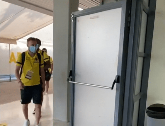 Η ΑΕΚ έφτασε στο ΟΑΚΑ για την ρεβάνς με την Βελέζ (VIDEO)