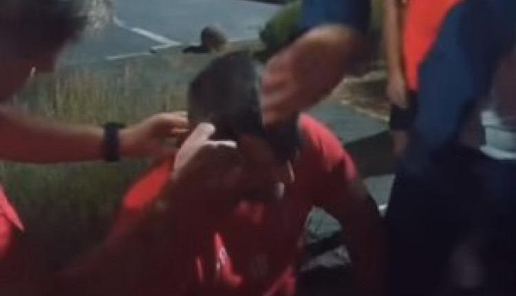 Ο προπονητής της Βελέζ κουρεύτηκε γουλί μετά την πρόκριση επί της ΑΕΚ (VIDEO)