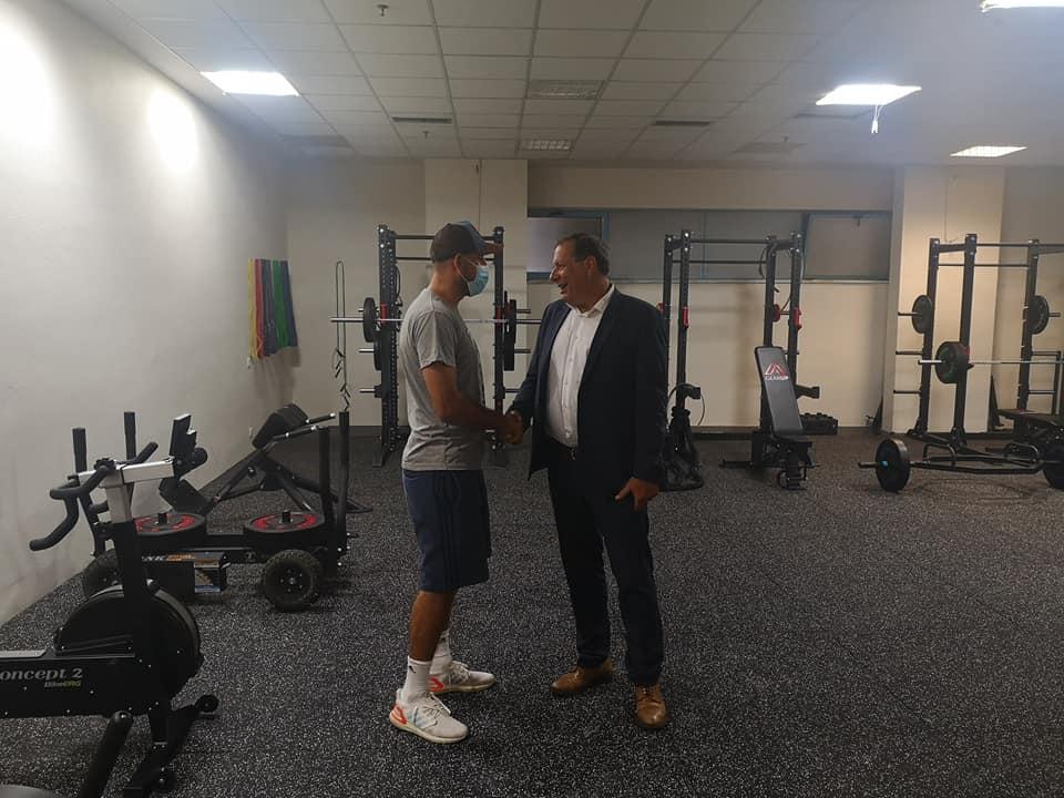 ΑΕΚ: Ο Αγγελόπουλος στο κλειστό των Λιοσίων -Επιθεώρησε τις εργασίες, μίλησε με τους παίκτες (ΦΩΤΟ)