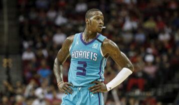 NBA: Ανανέωσε με τους Χόρνετς ο Ροζίερ