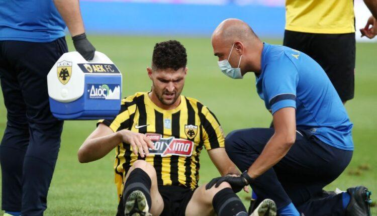 ΑΕΚ-Αστέρας Τρίπολης: Τραυματίστηκε ο Αλμπάνης, στην θέση του ο Αραούχο στο 18'