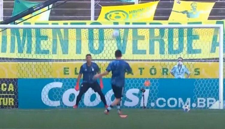 Ο Μέσι πρόλαβε να σκοράρει με… φαουλάρα στο Βραζιλία-Αργεντινή! (VIDEO)