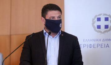 Xαρδαλιάς-Σταϊκούρας στο ΟΑΚΑ για το ματς της ΑΕΚ-Χαιρέτισαν Μελισσανίδη