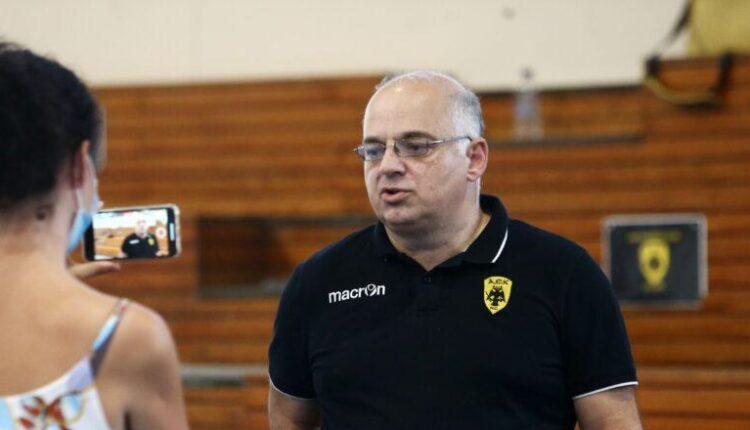 Παπαχαρτοφύλης στο enwsi.gr: «Η ΑΕΚ έχει μεγαλύτερη ποιότητα και ισορροπία»