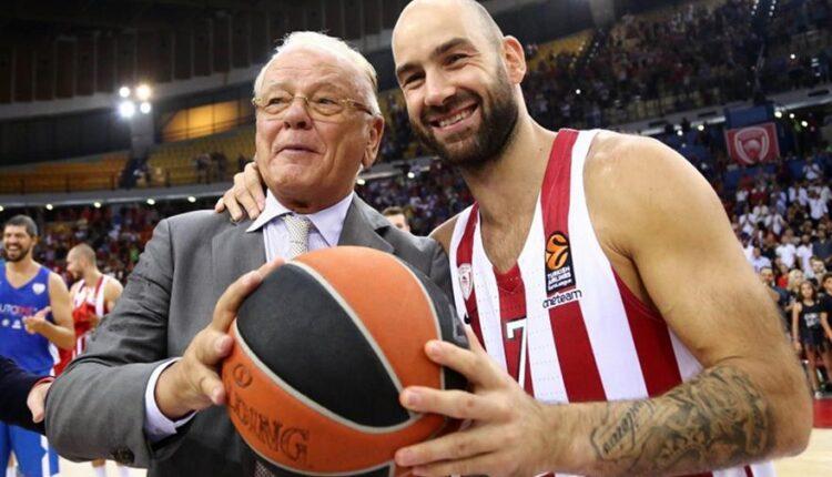 Σπανούλης για Ιβκοβιτς: «Σε ευχαριστώ που υπήρξες μέντορας μου και ήσουν πάντα δίπλα μου, ήσουν το ίδιο το μπάσκετ!» (ΦΩΤΟ)