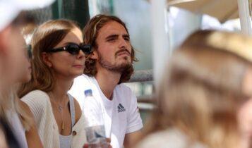 Τσιτσιπάς: Βλέπει με την κοπέλα του τις αναμετρήσεις του Davis Cup