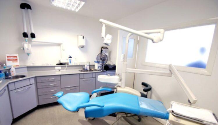Κορωνοϊός: Με rapid test και οι εμβολιασμένοι στα οδοντιατρεία