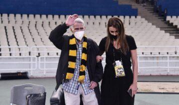 Σεραφείδης: Εικόνες και VIDEO από την άφιξή του στο ΟΑΚΑ για την αγαπημένη του ΑΕΚ!