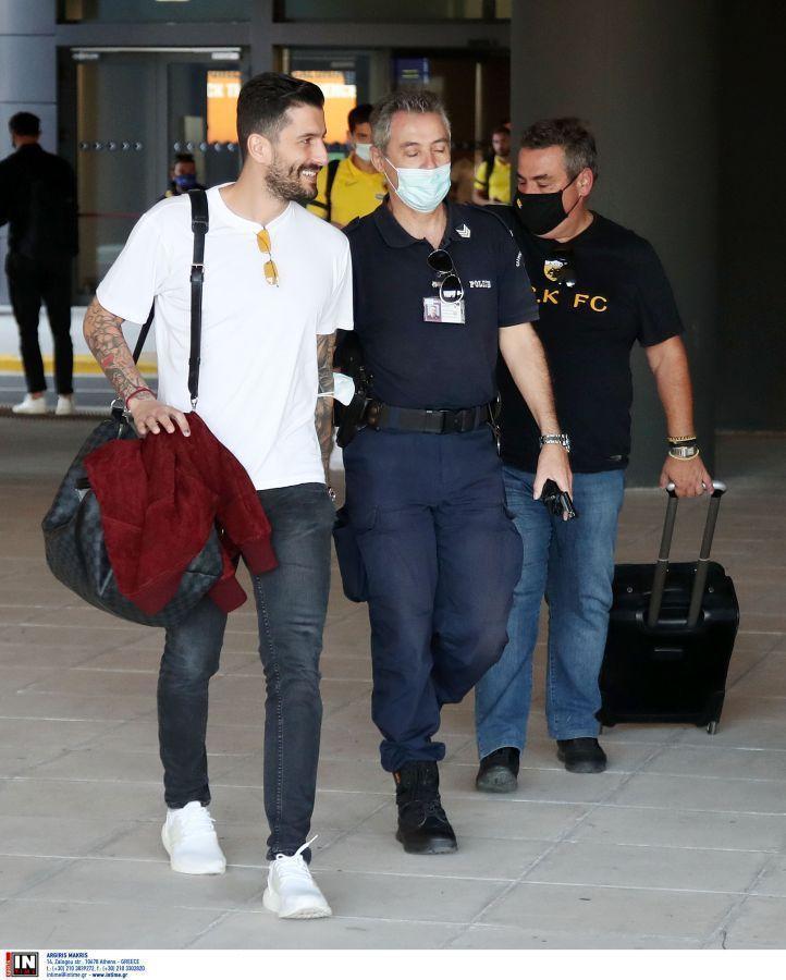 Εφτασε στη Θεσσαλονίκη η ΑΕΚ (ΦΩΤΟ-VIDEO)