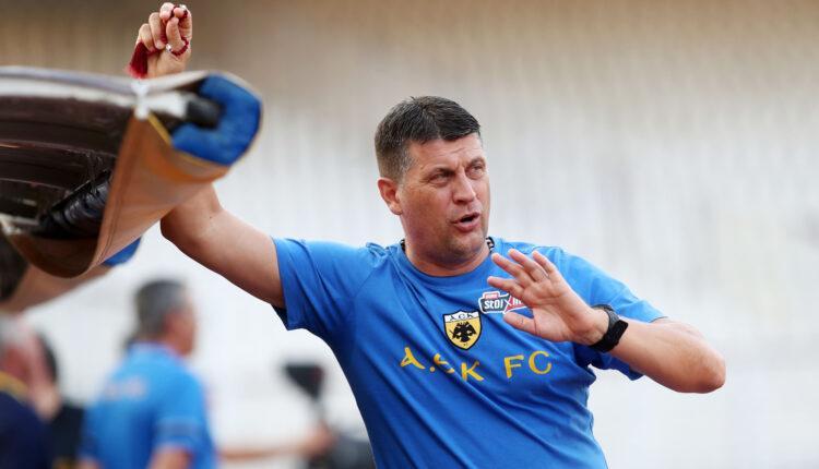 Μιλόγεβιτς στα Σπάτα: «Μόνο ενωμένοι μπορούμε να πετύχουμε -Να το αλλάξουμε όλο αυτό!»