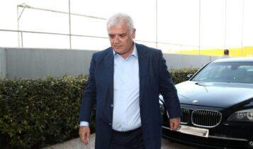 ΑΕΚ: Ο Μελισσανίδης παρουσίασε τον Γιαννίκη στους παίκτες