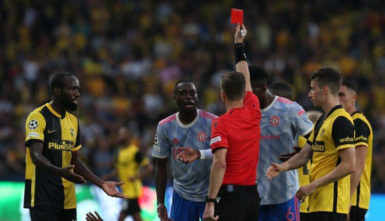Μάντσεστερ Γιουνάιτεντ: Επεσε η ποινή του Γουάν Μπισάκα στο Champions League