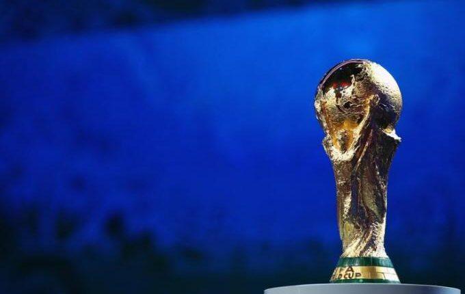 «Πόλεμος» ανάμεσα σε UEFA και FIFA για το Μουντιάλ κάθε δύο χρόνια