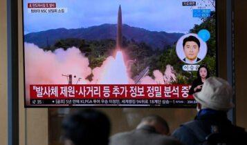 Η Βόρεια Κορέα εκτόξευσε δύο βαλλιστικούς πυραύλους (VIDEO)