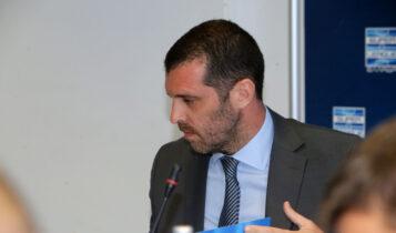Super League: Επιμένει για παραίτηση από την προεδρία ο Μπουτσικάρης