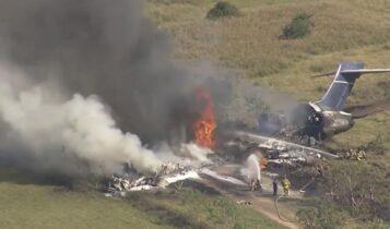 ΗΠΑ: Αεροσκάφος με 21 επιβαίνοντες κατέπεσε στο Τέξας-Σώθηκαν όλοι! (VIDEO)